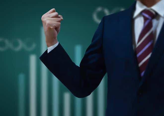 まとめ:デジタルトランスフォーメーション成功のカギは経営トップのリーダーシップにあり!